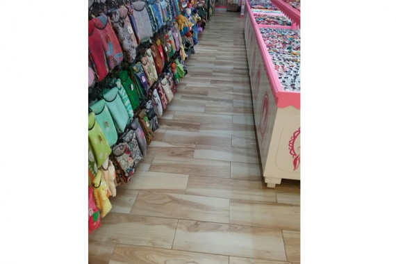 Commercial Modern Retail Outlet in Tangerang, Indonesia   dBoreal Collection